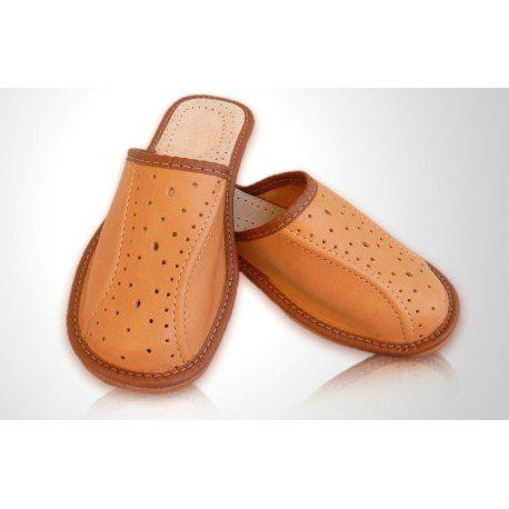 94 Chlapčenské kožené papuče - svetlo hnedé 46